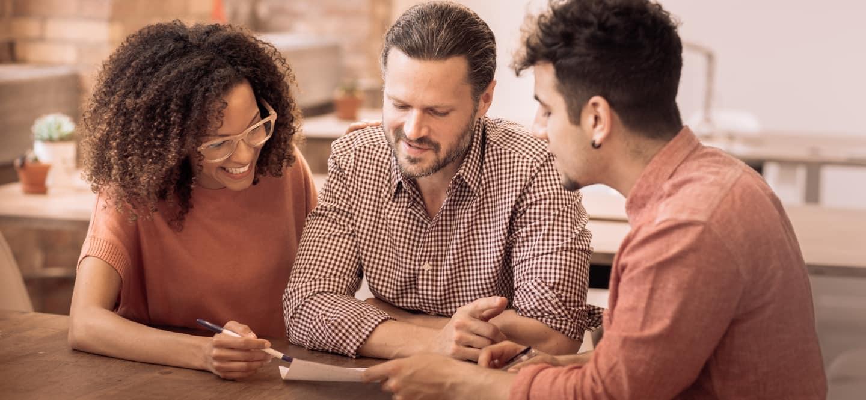 how do alternative mortgage lenders work